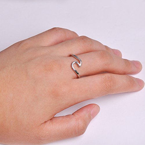 687309eb2538f 925 Sterling Silver Wave Ring Specifically for the Girls all, Let her Show  Unlimited Scenery