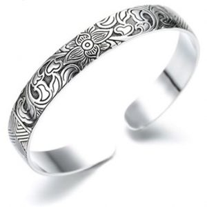 Chandria's Treasures Sterling Silver Lotus Flower Bangle Bracelet – Holiday Sale