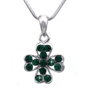 cocojewelry Heart Shape Leaf Clover Irish Shamrock Pendant Necklace